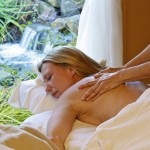 Massage mit Wasserfall