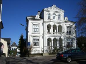 glucksburg-433187_1280